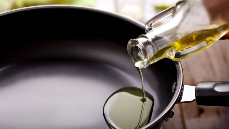 does olive oil ruin non stick pans